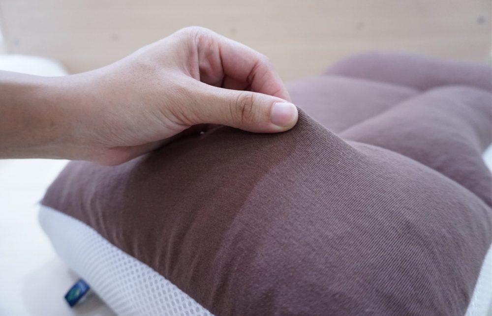 เนื้อผ้า หมอนเพื่อสุขภาพ Super fit pillow 4 zone สัมผัสนิ่ม สบาย ยืดหยุ่น