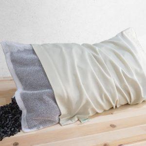 หมอนเพื่อสุขภาพ Charcoal pillow ไส้หมอนคล้ายหลอดมีส่วนผสมของถ่าน ดูดซับกลิ่น บรรเทาอาการปวดต้นคอ
