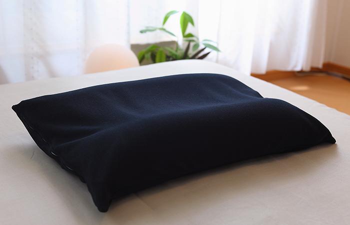หมอนเพื่อสุขภาพ King men pillow มีส่วนผสมของ Charcoal pipe ช่วยดูดซับกลิ่น
