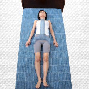 หมอนรองหลัง Mikawa back pillow ช่วยคลายอาการปวดเมื่อยหลัง