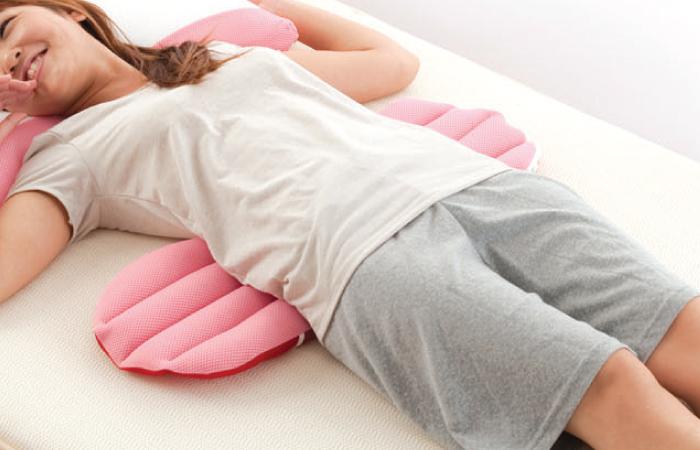 หมอนอเนกประสงค์ Pillow plus วางรองแผ่นหลังตอนนอน ลดอาการปวดเมื่อย