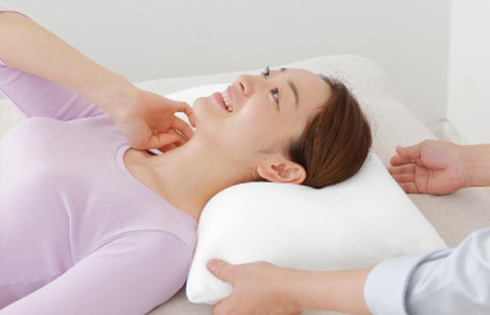 หมอนเพื่อสุขภาพ King support neck pillow ซัพพอร์ตคอได้ดี