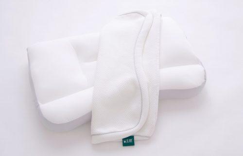 มีปลอกหมอนแยกให้สำหรับ Super king pillow